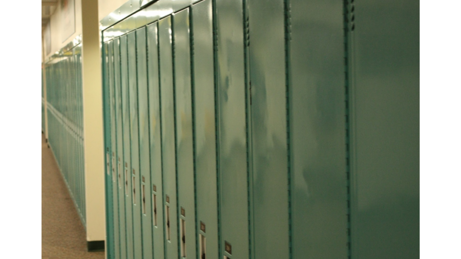 Empty+lockers+at+Lakeland+High+School