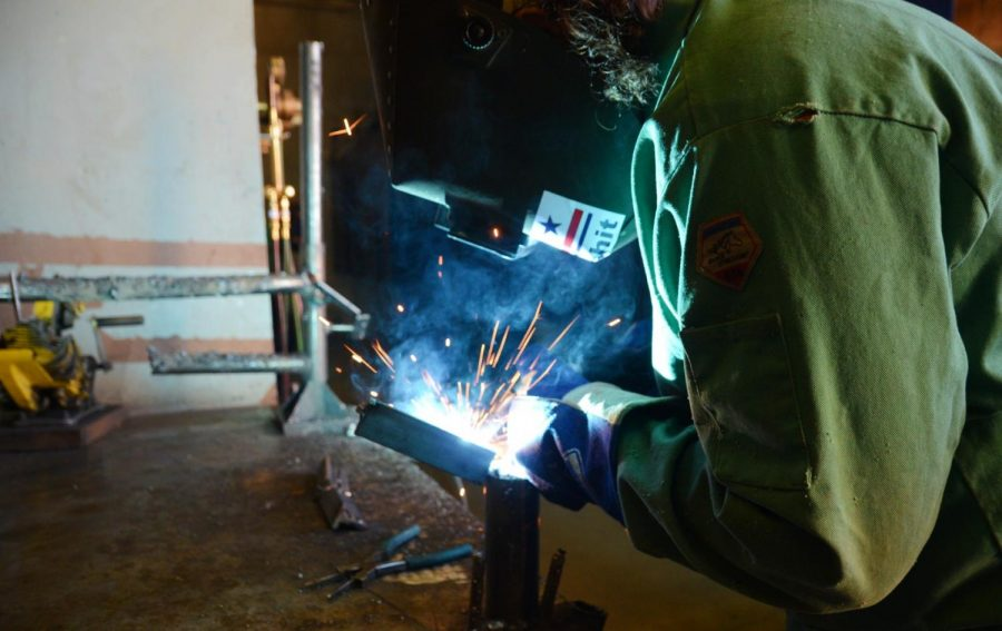 Photo Story: Industrial Mechanics Class