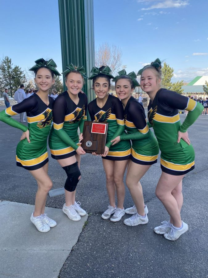 Cheer+Competes+at+State