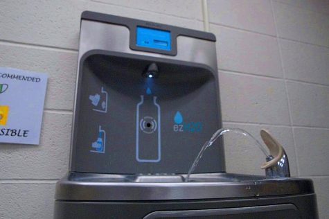 Drinking fountain running by the office at 7:50am on Wednesday April 28th, 2020 inside the Lakeland High School.